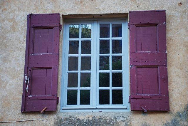 Ventanas en Roussillon