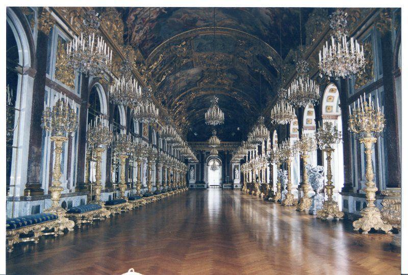 Galería de los Espejos del palacio de Herrenchiemsee