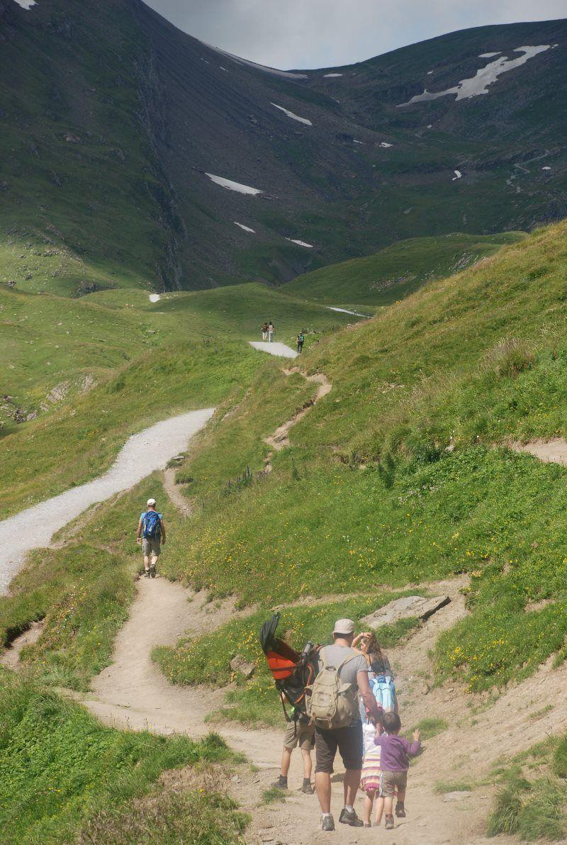Camino hacia Bachalpsee