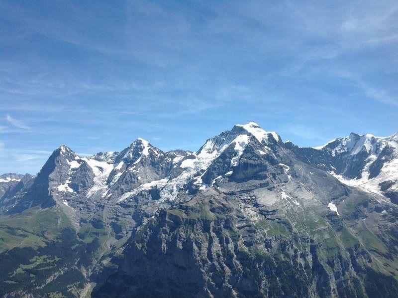 El Eiger, el Mönch y el Jungfrau desde el Schilthorn