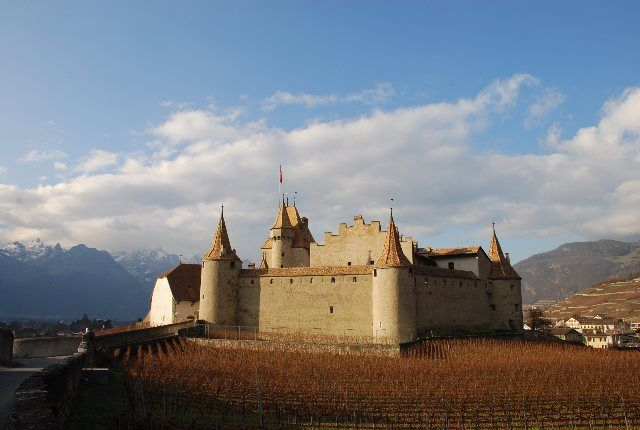 Panorámica del castillo de Aigle