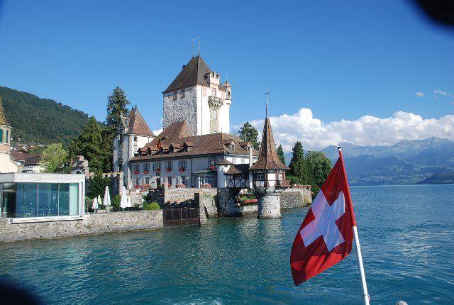 Castillo de Oberhofen desde el barco