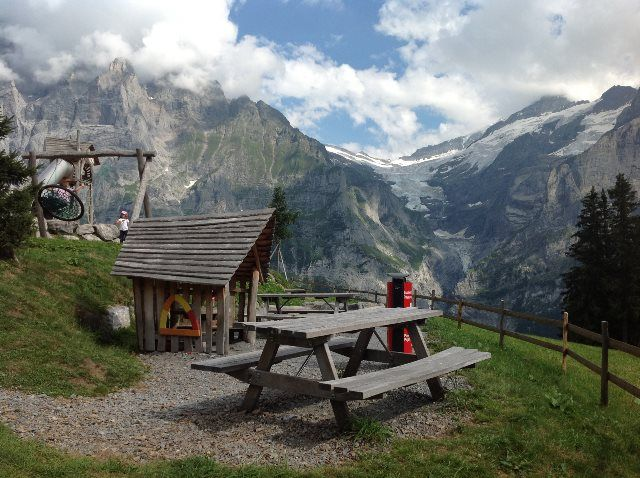 Parques infantiles en los Alpes