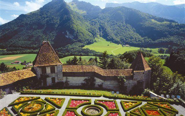 Jardines del castillo de Gruyères