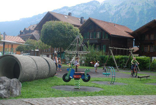 Parque infantil en Iseltwald