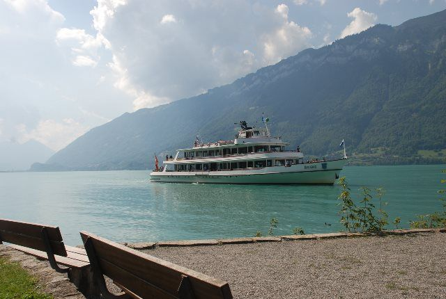 Barcos de la BLS en el lago de Brienz