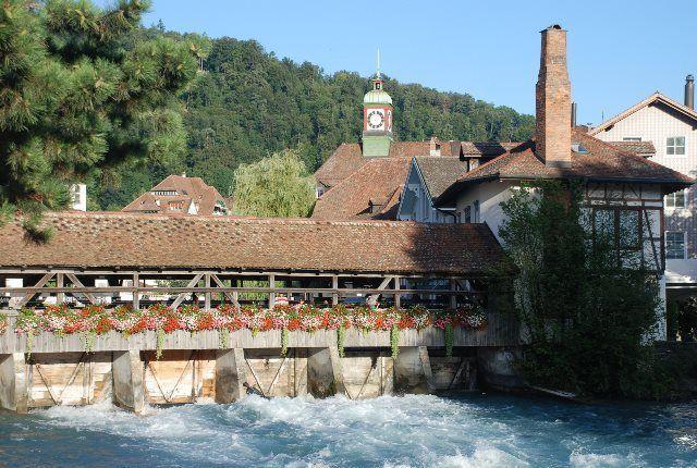 Thun: carácter suizo junto a los Alpes