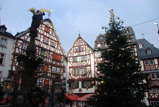 La Markt adornada para Navidad