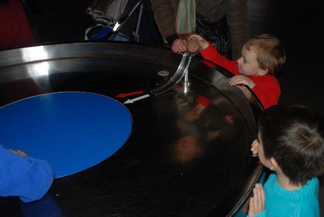 Los niños se lo pasan bomba experimentando a su aire