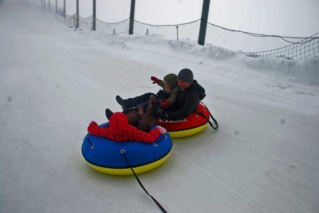 Diversión en el snowtubing