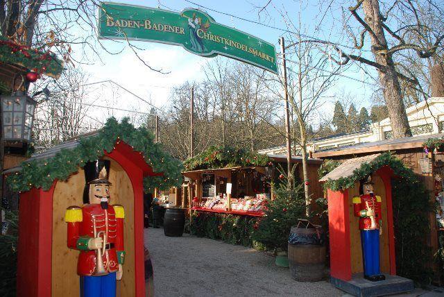 Entrada al mercado navideño de Baden Baden