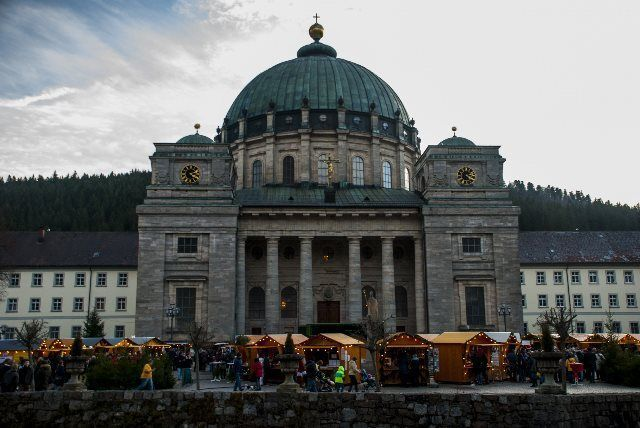 La sobria y colosal catedral de St.Blasien