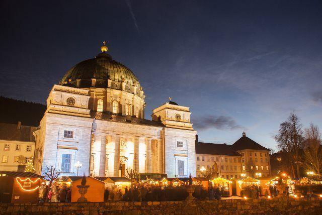 Mercado de Navidad de St.Blasien de noche