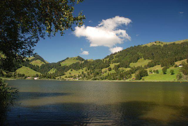 Lago Negro (Friburgo): un paraje idílico en la Suiza low cost