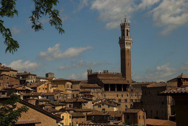 Vista de Siena desde el parquing de Mangia