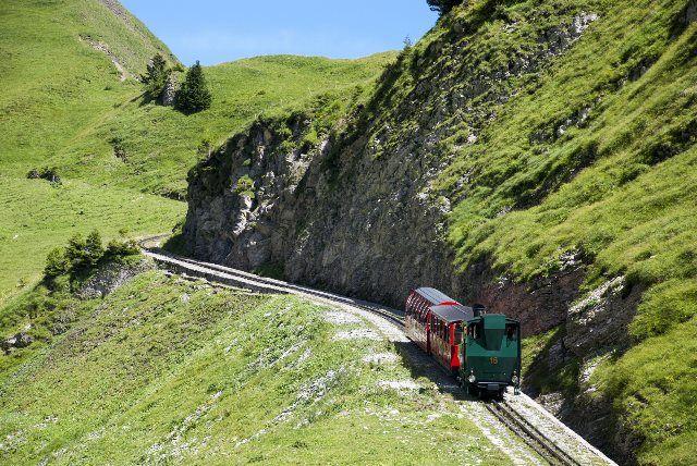 Brienz Rothorn Bahn subiendo hacia la cima