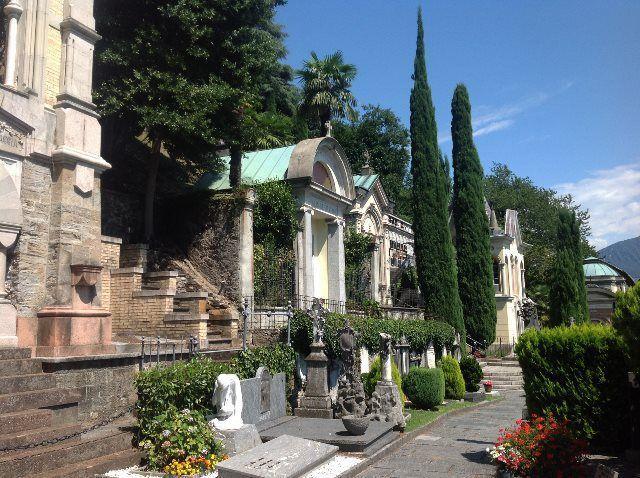 Cementerio de cuento de Morcote