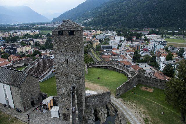 Torre negra de Castelgrande