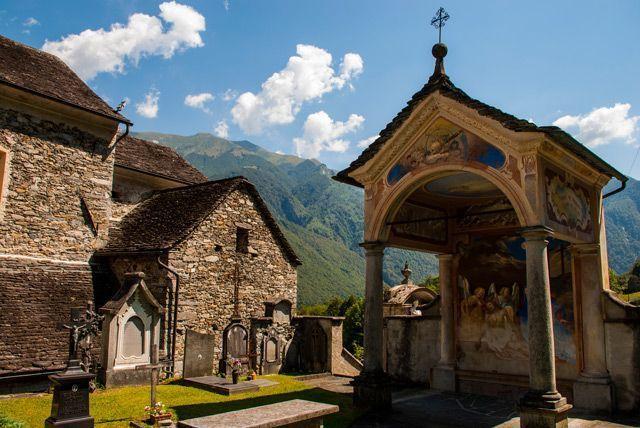 Cementerio de Aurigeno