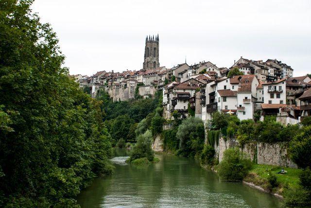 El río Sarine en Friburgo