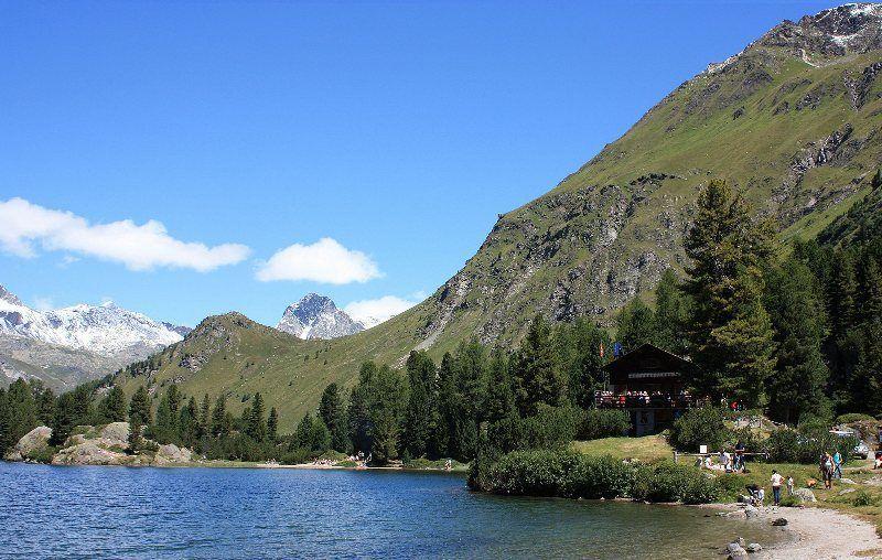 Restaurante en Lago Cavloc