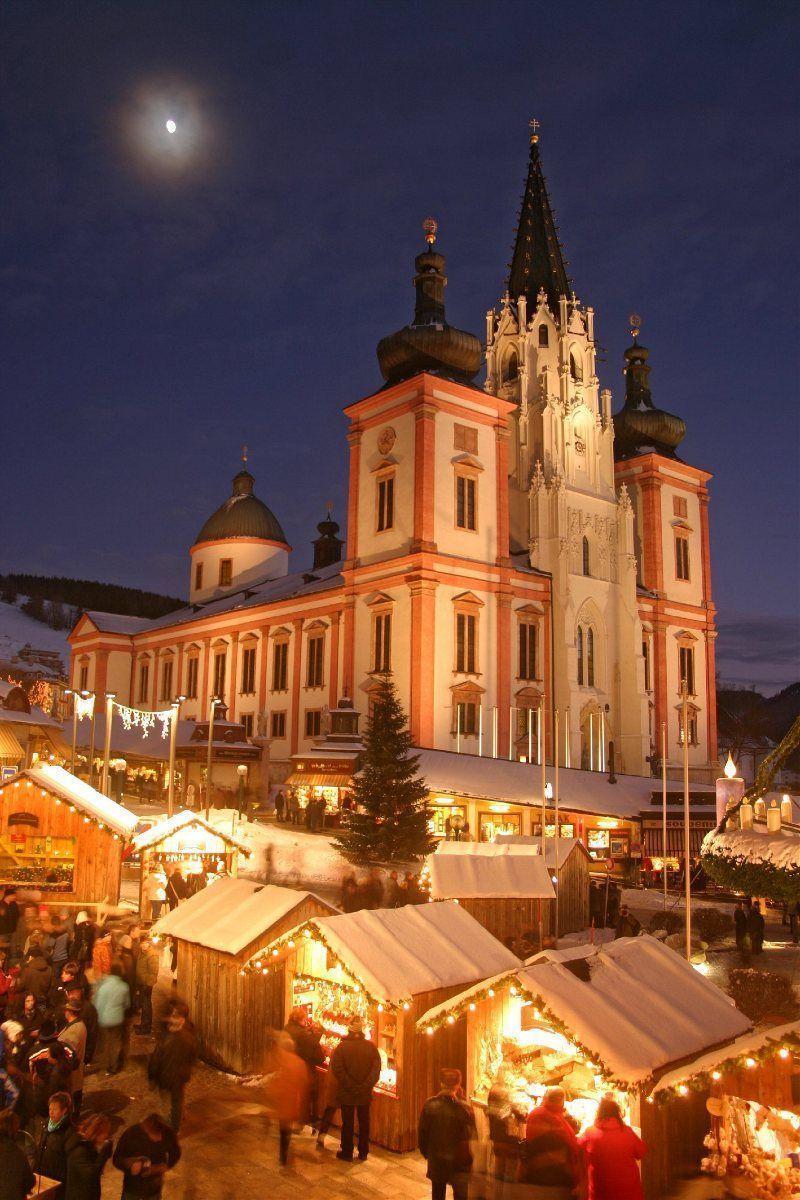 Mercado Navidad nocturno Mariazell