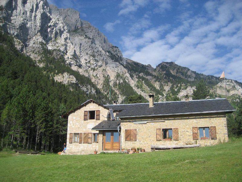 Refugio Lluís Estasen