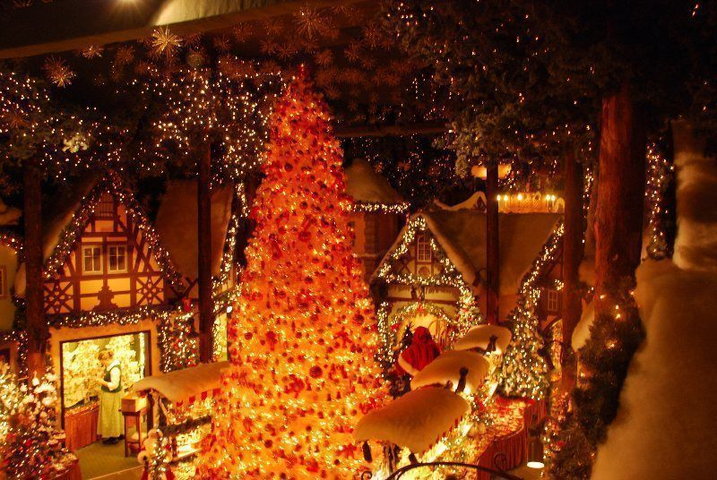 Adornos de Navidad en Rothenburg ob der Tauber (Alemania)