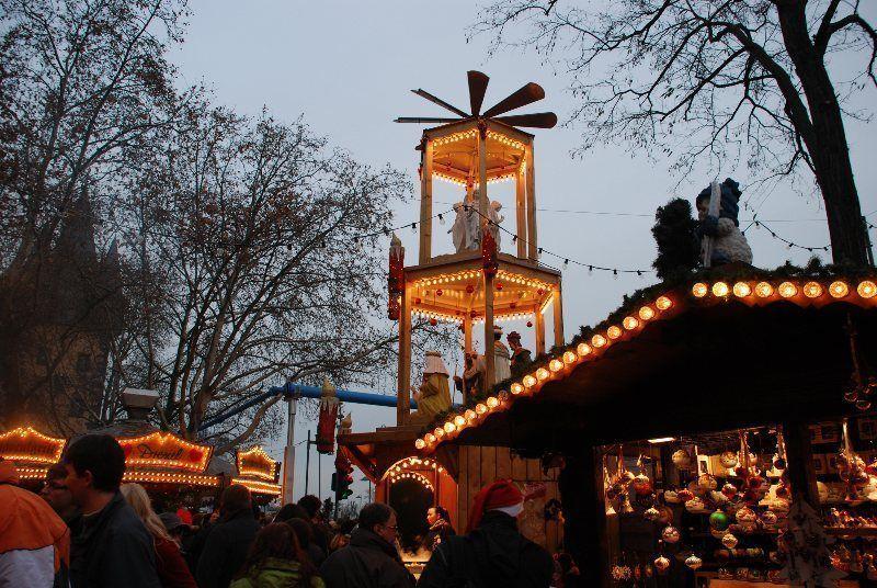 Mercado de Navidad de Frankfurt en Mainkai