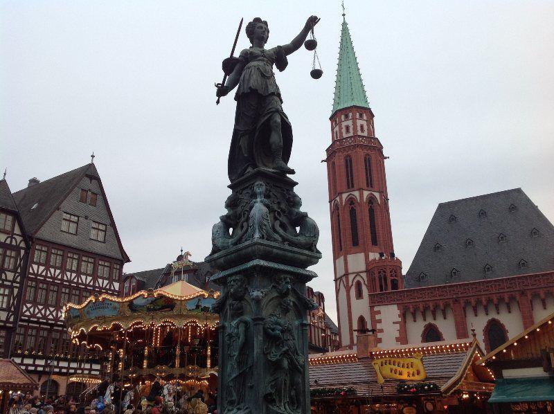 Mercadillo de Navidad de Frankfurt en la Römerberg
