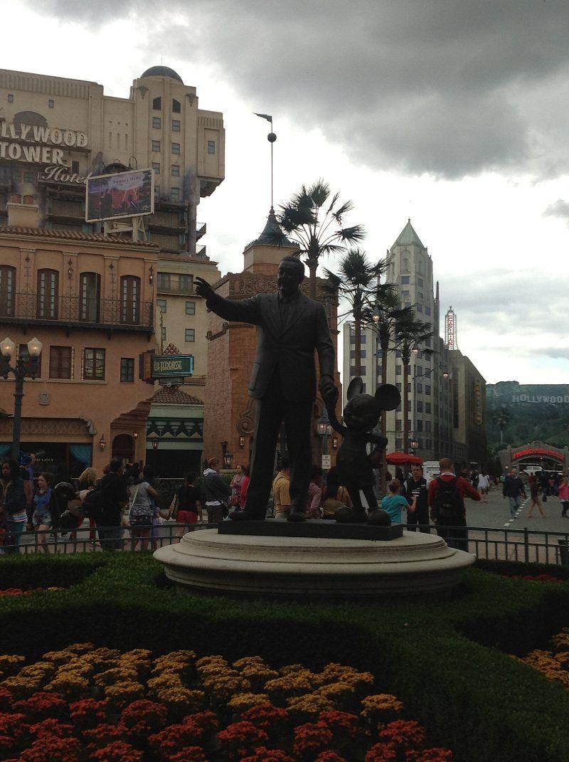 Walt Disney y su hijo pródigo Mickey Mouse