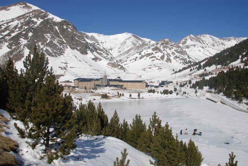 Vista del Santuario de Nuria