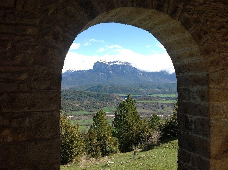 Peña Montañesa desde la Esconjuradera