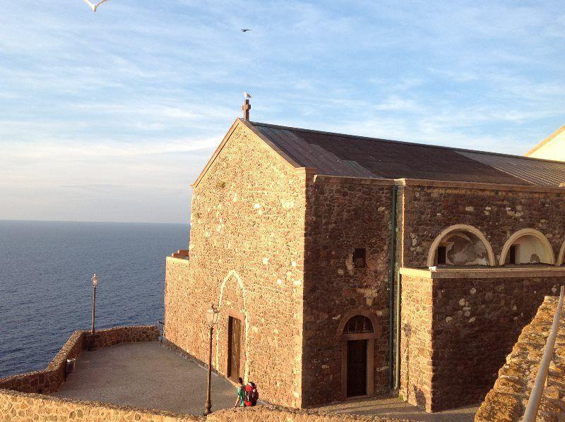 Contemplando el mar desde la catedral