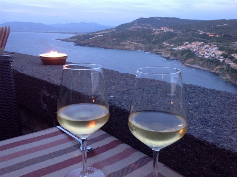 Cena romántica en Cerdeña