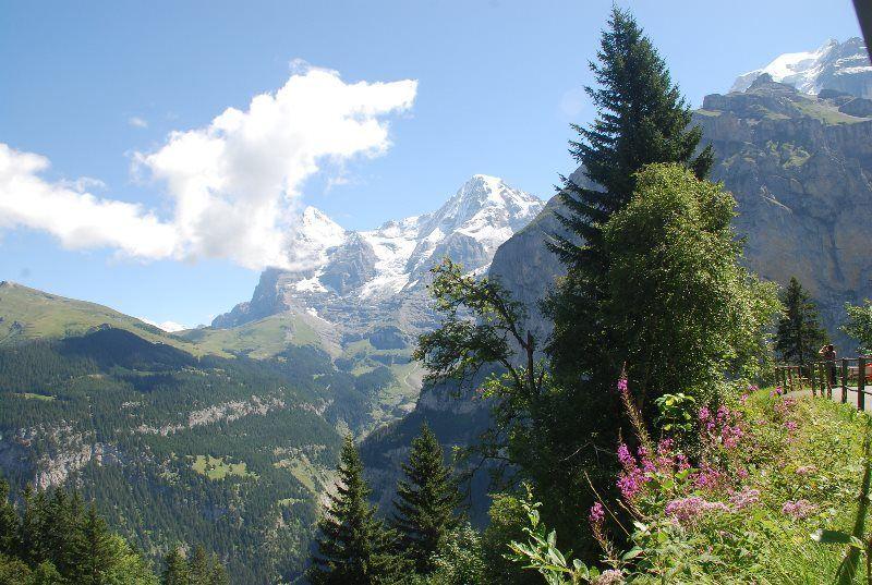 Por el Valle de Lauterbrunnen
