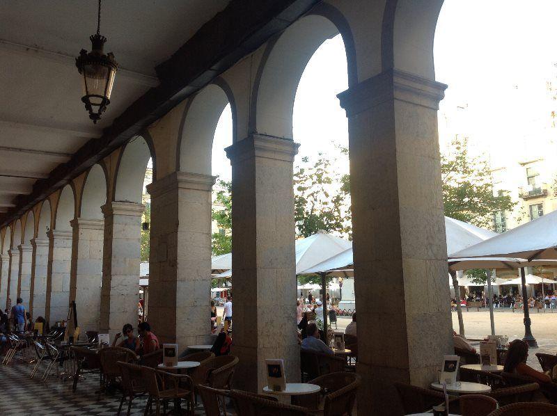 Terrazas en la Plaza de la Independencia