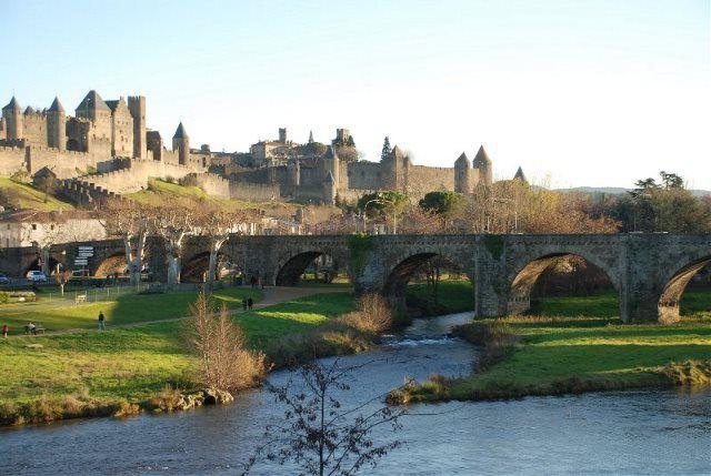 Vista del Aude y la Cite Medievale de Carcasona