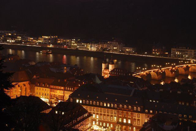 Vistas nocturnas de Heidelberg