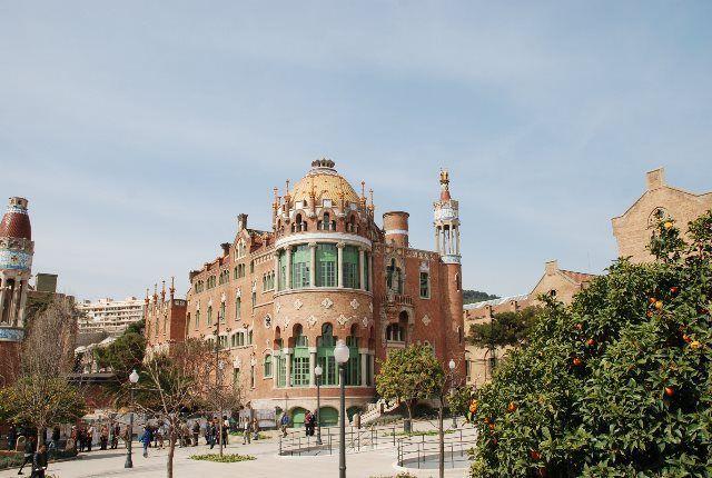 Vistas de los pabellones de Sant Pau