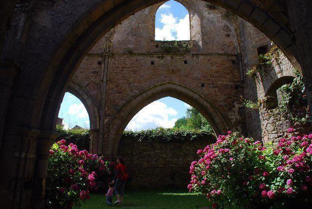 Pasear por las ruinas de Beauport es volver a la Edad Media