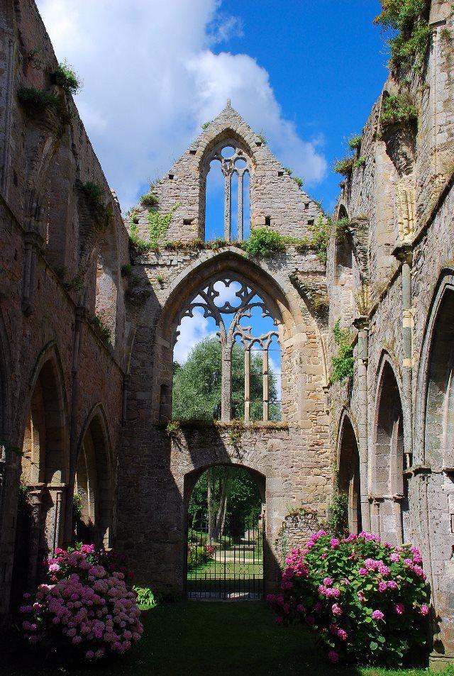 Luces y sombras en la abadía de Beauport