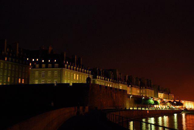 Saint Malo de noche