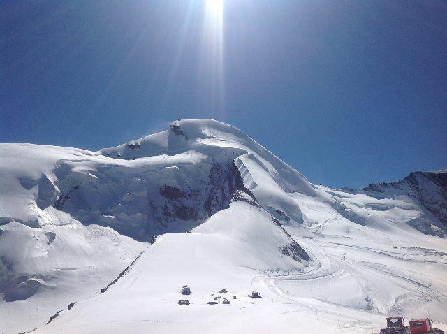 El reino de la nieve en el Allalin
