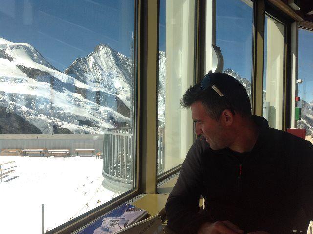 Disfrutando de las vistas desde el restaurante