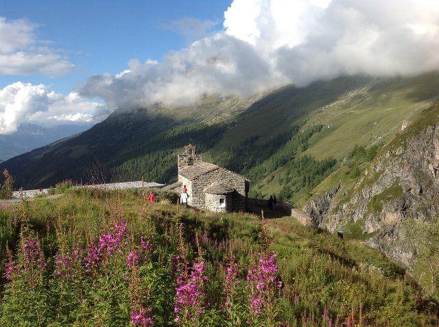 La capilla de Saint Jean en la Grande Dixence