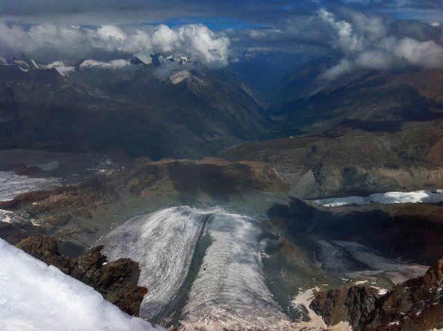 Paisaje glaciar en Matterhorn Glacier Paradise