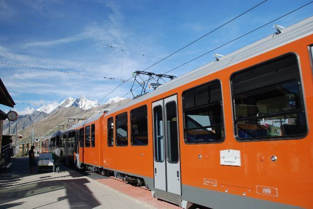 Trenes del Matterhorn y el Valais