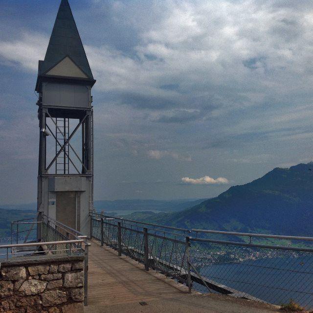 Bürgenstock y el ascensor al reino de los cielos
