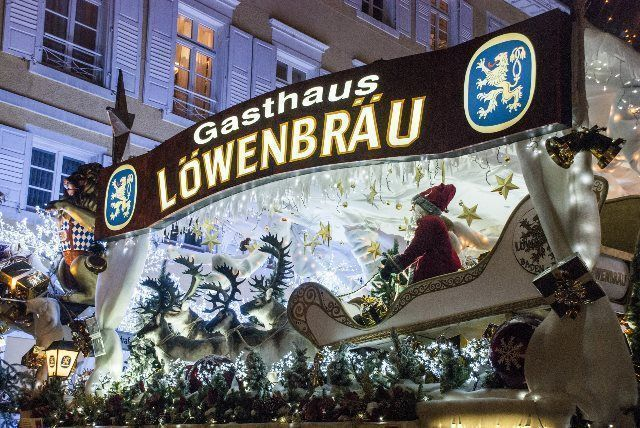 Entrada al restaurante Löwenbräu